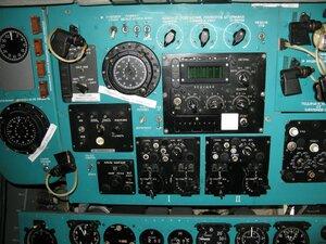 День воздушного флота на аэродроме в Кречевицах - приборы в кабине лётчиков самолёта ИЛ-76МД
