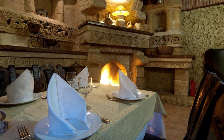 Камин ресторан