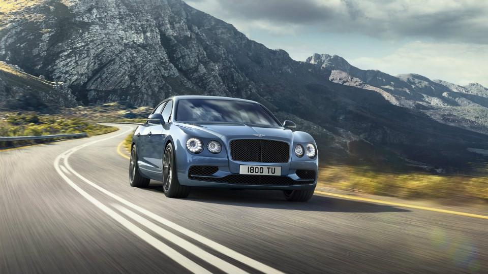 Bentley построил быстрейший седан в своей истории (3 фото)