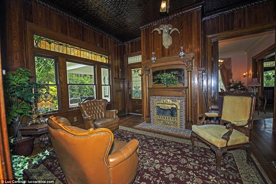 Личность покупателя не разглашалась, но теперь викторианский особняк, который восстановили буквально
