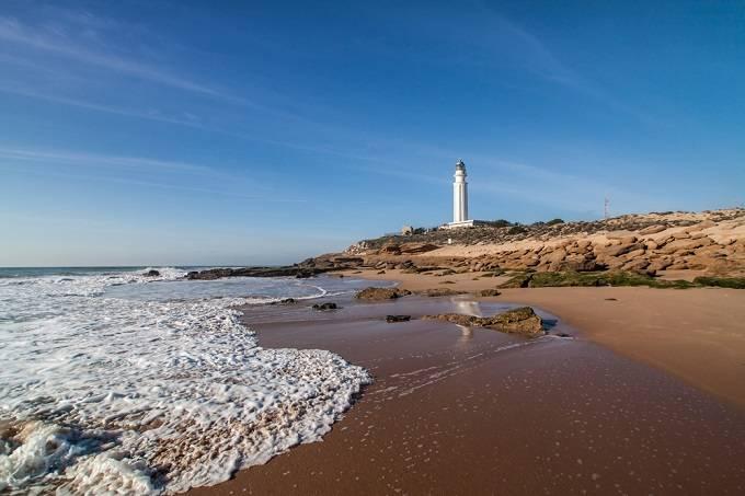 Мыс Трафальгар, Кадис, Андалусия Мыс Трафальгар на атлантическом побережье Испании, неподалеку от Ги
