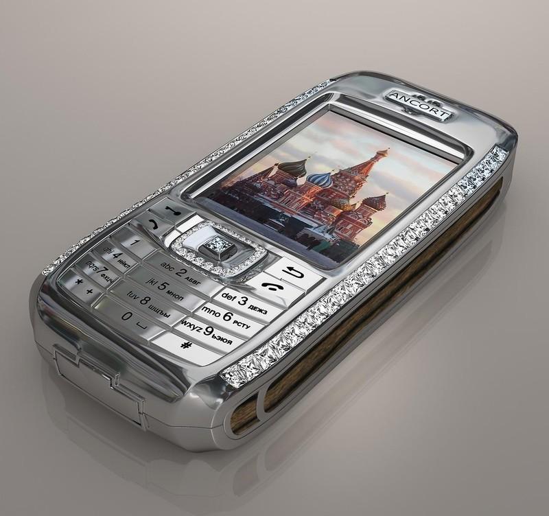 5. Бриллиантовый телефон – JSC Ancort`s Diamond Crypto Smart Phone Над разработкой этой эксклюзивной