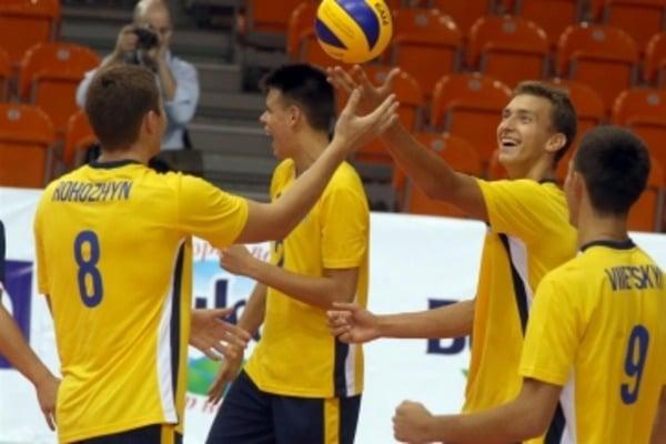 Сборная Украины пробилась вфинал молодежного Евро поволейболу