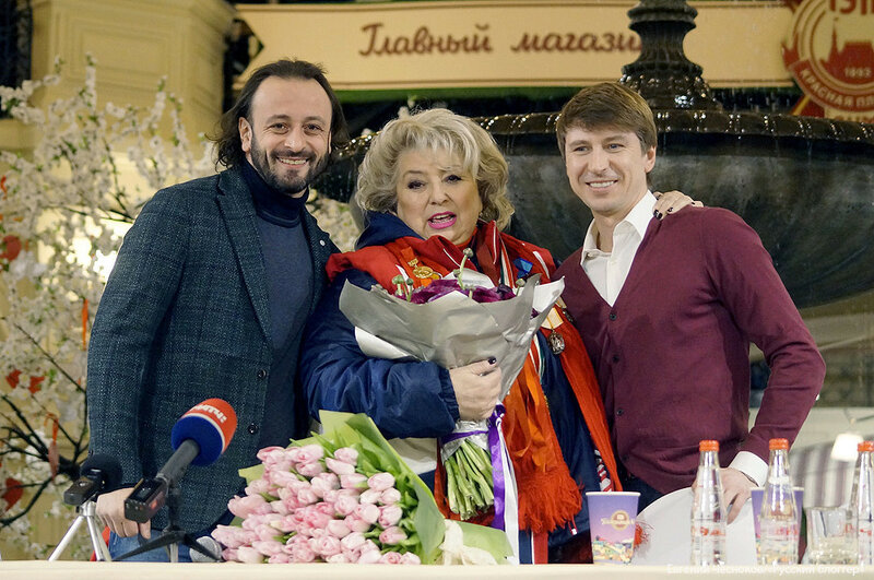 Зима. ГУМ. 13.02.17.08. Тарасова. Ягудин..jpg