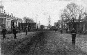 Большая улица (Большая Огарёвская) села Верхний Белоомут
