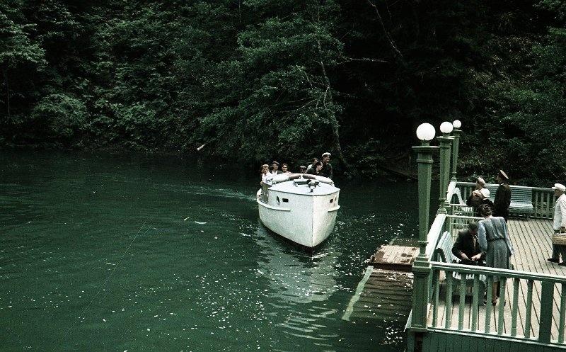 1952 Из серии «Озеро Рица». Владислав Микоша4.jpg