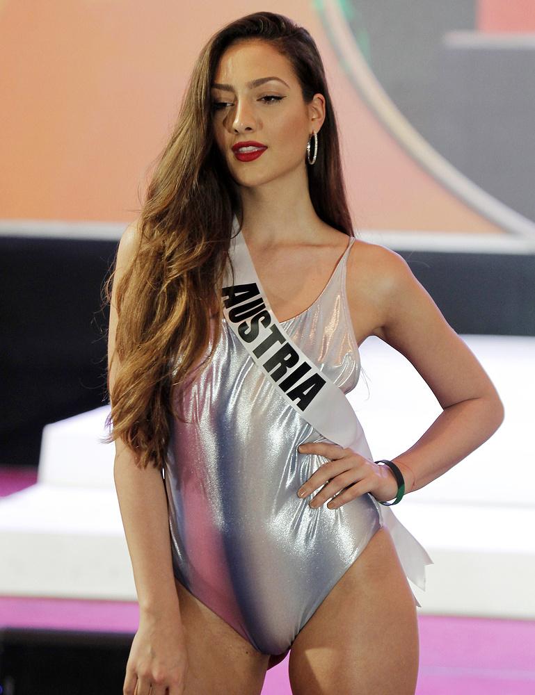 Дайана Дзиник из Австрии.