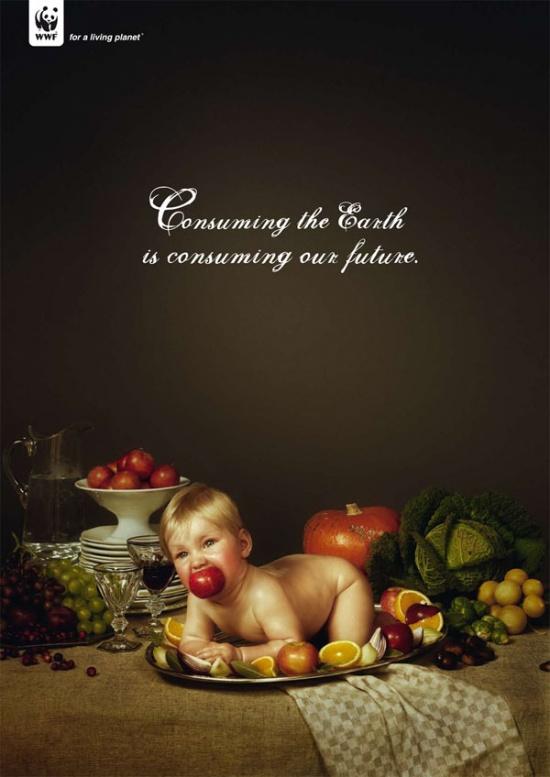 «Потребляя Землю, мыпотребляем наше будущее». WWF додумались использовать ребенка вкачестве свиньи