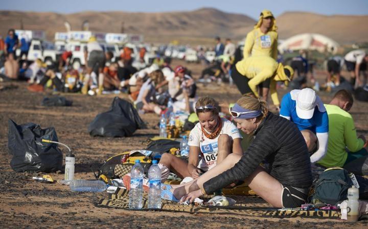 Марафон в пустыне Сахара: сложнейшая гонка на выносливость в мире