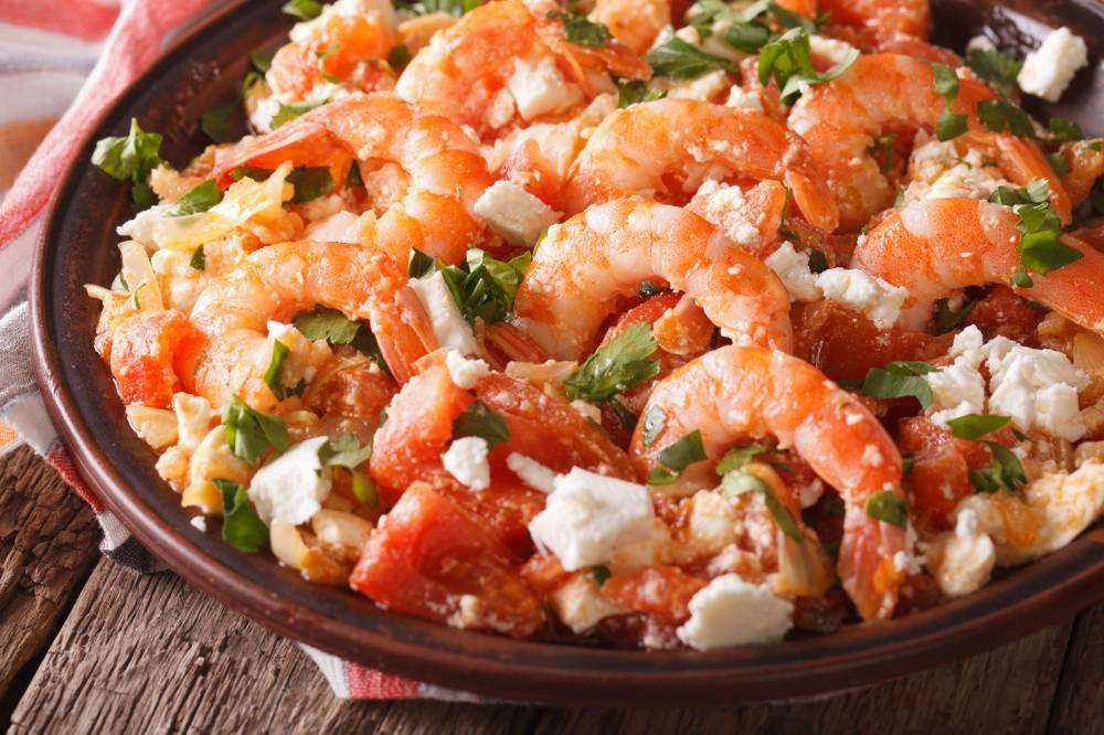 Греческая еда также никого не оставит равнодушным. Свежайшие морепродукты, ароматные овощи, оливки р
