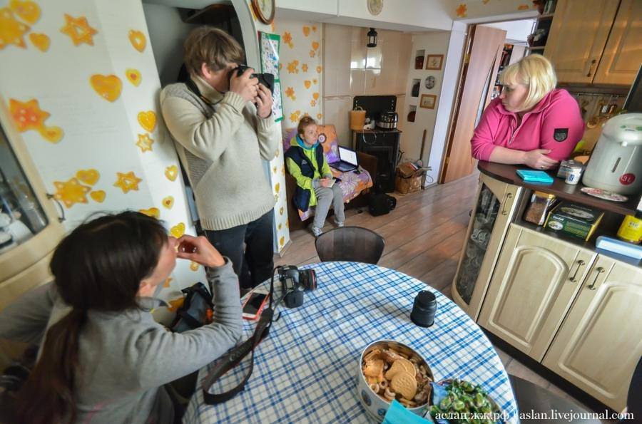2. Хозяйка дома Ольга Шарова, родом из Украины, Запорожье, которая приехала сюда жить вслед за мужем