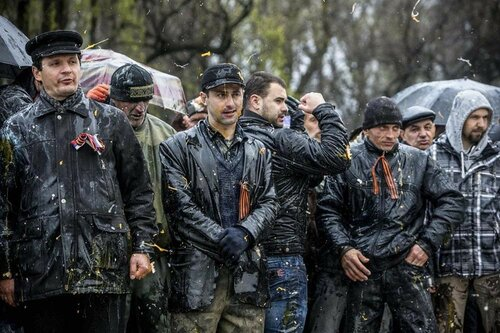 """Настоящие герои. 2 года с момента подвига """"300 запорожцев"""" с георгиевскими лентами"""