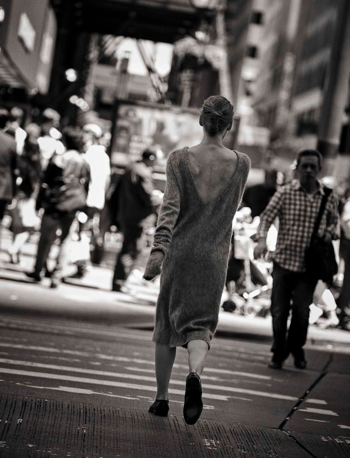 Walking by Peter Lindbergh - Vogue Italia october 2016