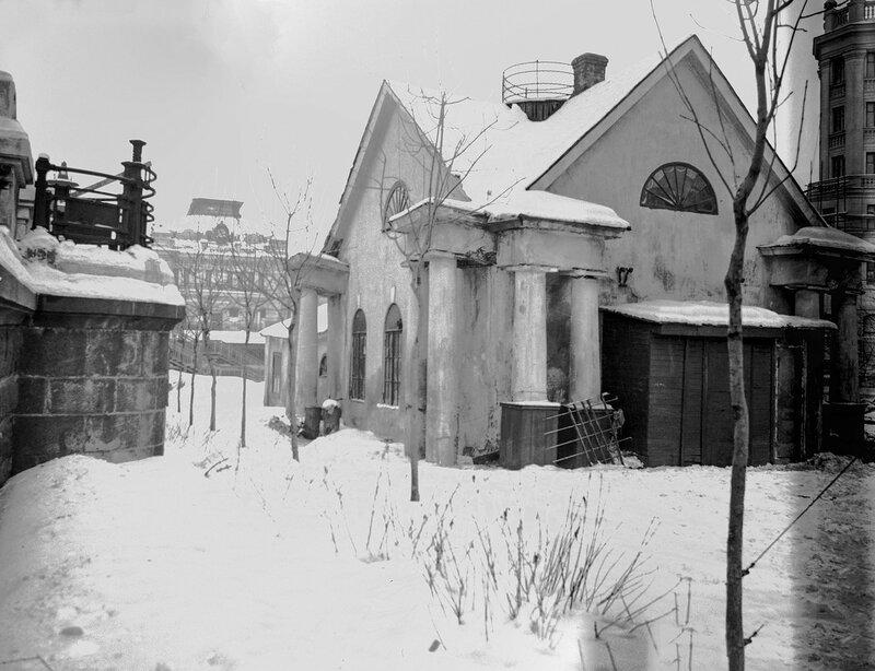 Кордегардия В. Дядичев кон 50-х гг.