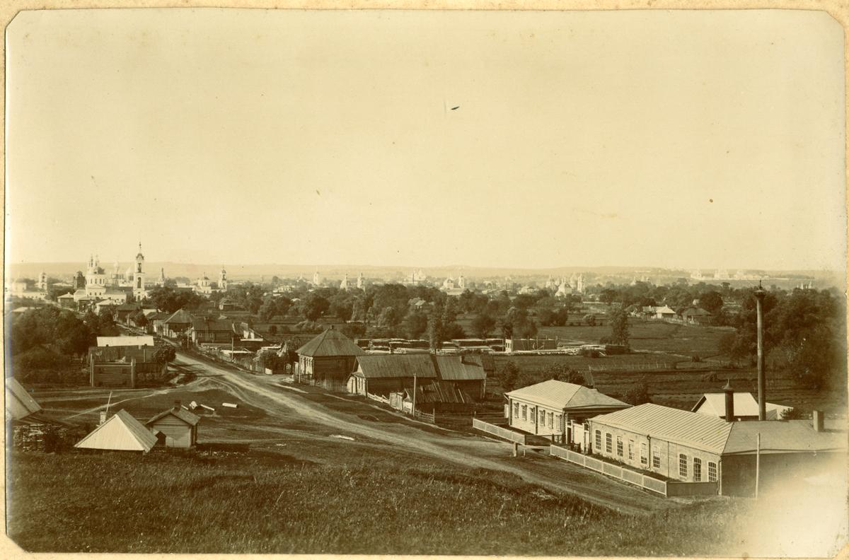 Вид на часть города с Владимирской улицей, литейным заводом, справа с церковью Иоанна Предтечи и с другими церквями города