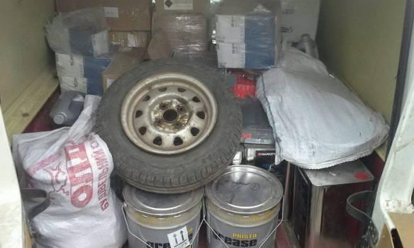 СБУ в зоне АТО задержала незаконные товары на полмиллиона гривен. ФОТОрепортаж