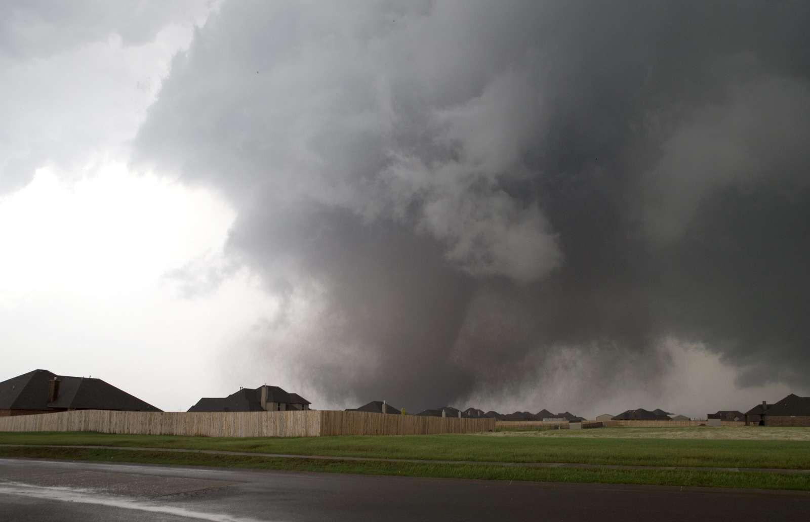 Торнадо языком минет 24 фотография
