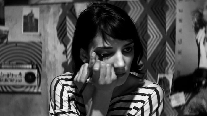 Мстительный и жестокий феминистский фильм о вампирах. Кино, которое надолго врезается в память и