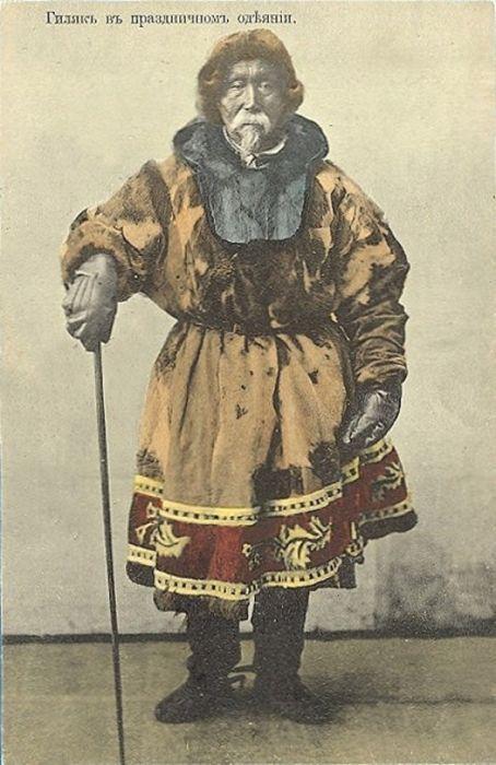 17. Нивхи (гиляки). Проживают около устья реки Амур (Хабаровский край) и на северной части острова С