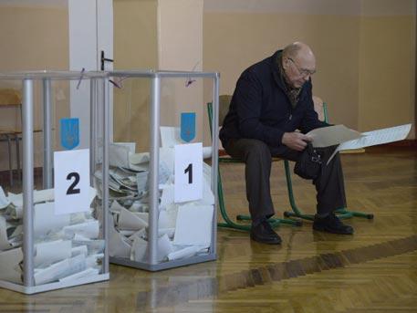 Порошенко призвал послов G7 и европейского союза непризнавать выборы в Государственную думу