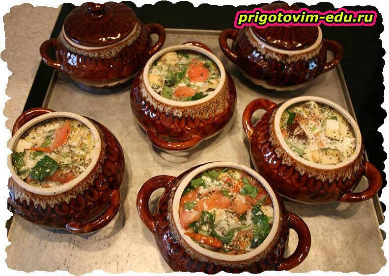 Суп с мясным ассорти и помидорами в аэрогриле
