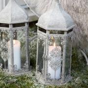 Свечи в фонариках