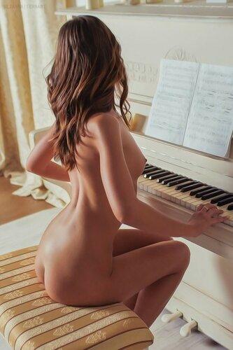 Сексуальные Музыкантки. 18+