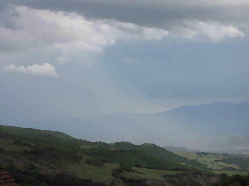 Вид из окна на горы Беласица и Малешевска планина