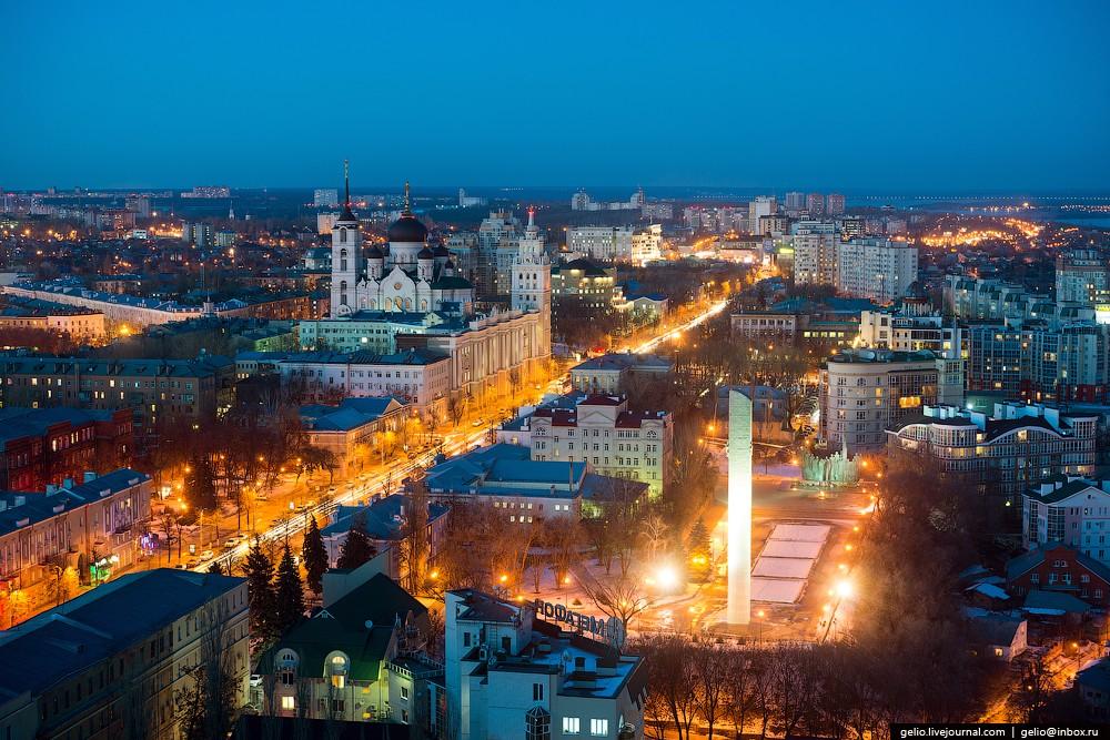 Площадь Победы. С 7 июля 1942 года по 25 января 1943 года (212 дней) правобережная часть Воронежа бы