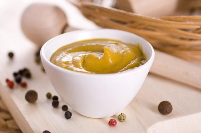 Ингредиенты: 1стакан натурального йогурта 1ч.л. карри 1кисло-сладкое яблоко Приготовление: Очист