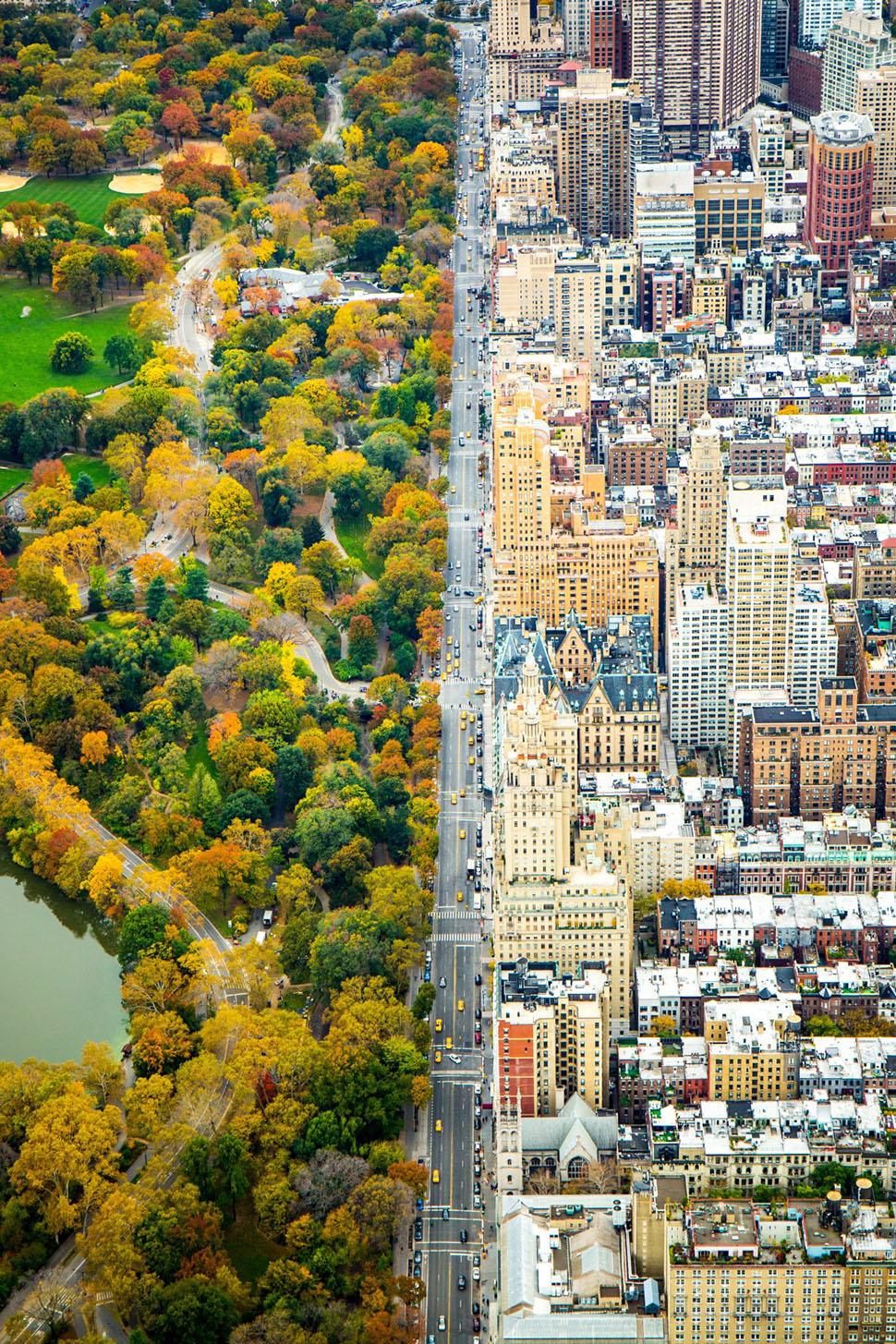 Почетное упоминание в категории «Города» — Кейтлин Долматч, «Раздел» (Divide). На фотографии четко в