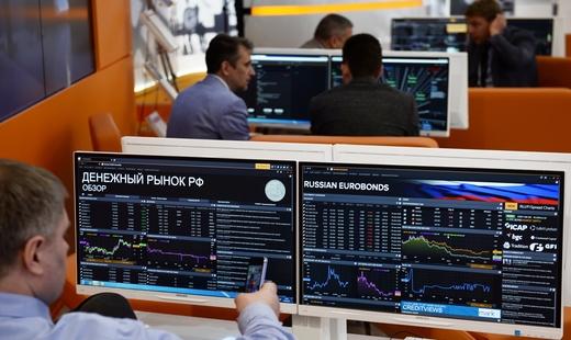 Западные банки попросили уРФ гарантий погособлигациям для обхода санкций