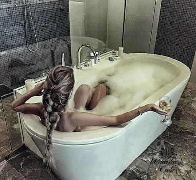 Антистрессовая ванна с молоком
