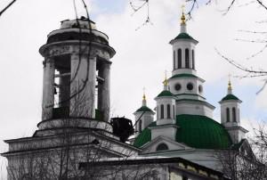 20160324-Знамение в Алапаевске~krest-shpil-300x202