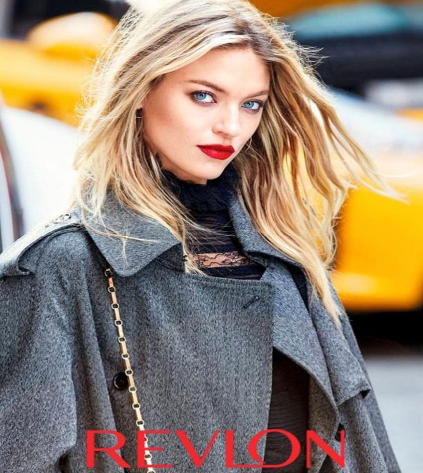 Martha Hunt - Revlon Super Lustrous Lipstick in Love is On