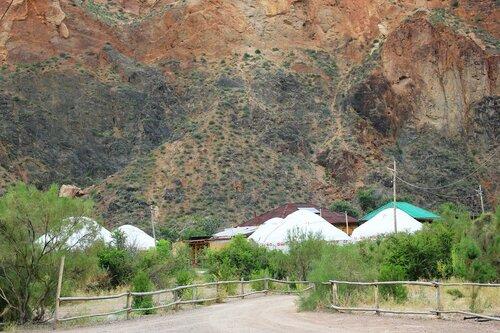Лагерь в каньоне