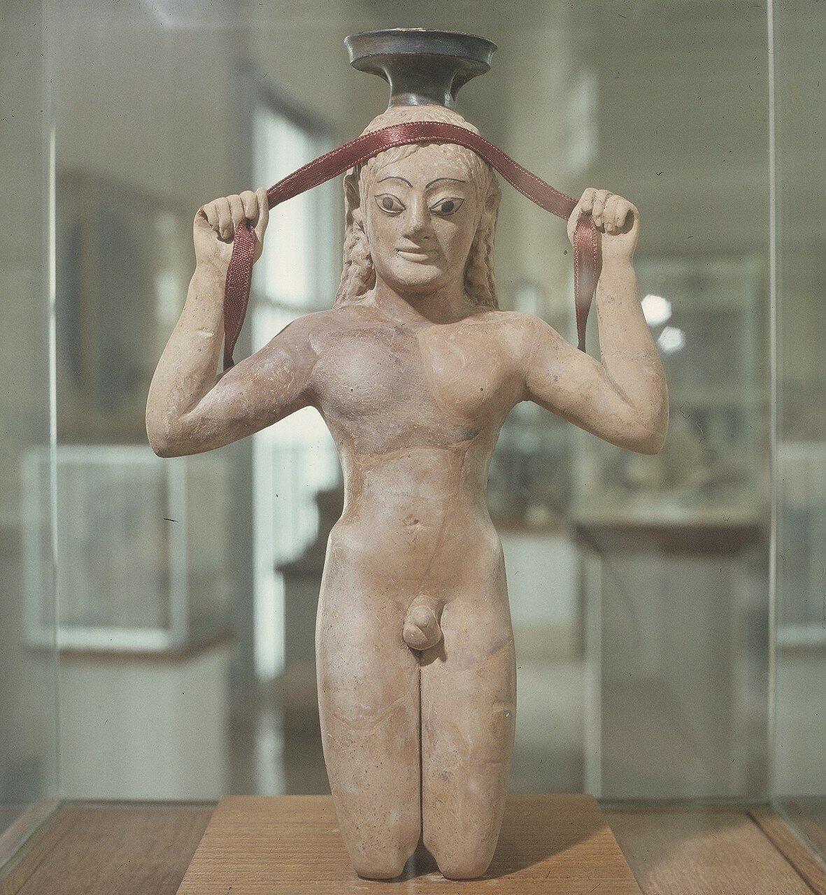 Афины. Археологический музей Афинской агоры. Терракотовая статуэтка спортсмена, 540-530 гг. до н.э.