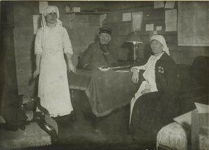 1914. Северный вокзал. Медсестры временного лазарета