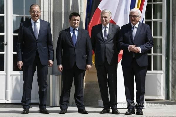 Климкин и Штайнмайер договорились продолжить взаимодействие по достижению прогресса в вопросе установления мира на Донбассе