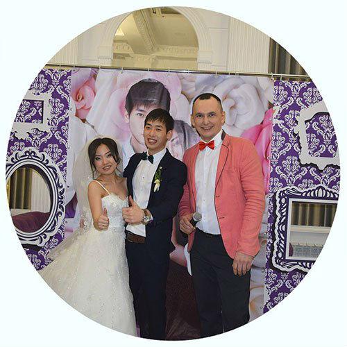 Ведущий на свадьбу,тамада в Волгограде - Павел Июльский. Проведение свадебного торжества Виктора и Розы.