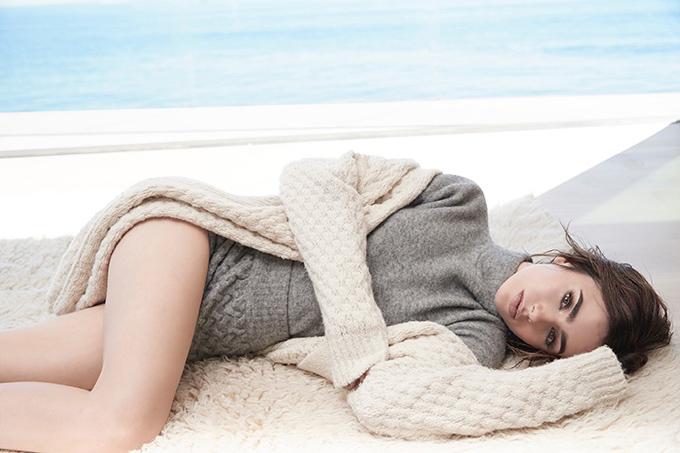 Лили Коллинз в Malibu Magazine (15 фото)