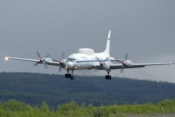 Истребители НАТО перехватили военный самолет Российской Федерации над Балтикой