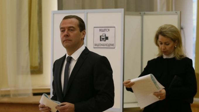Экзит-пол ФОМ: ЕР, ЛДПР, КПРФ иСР вошли в Государственную думу
