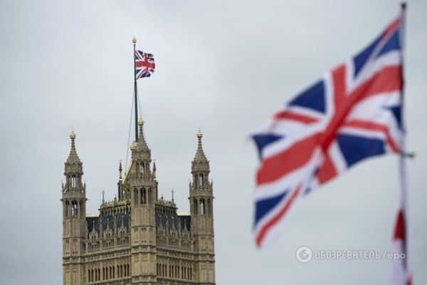 Посол Украины потребовал от Англии отнять Грэма Филлипса загранпаспорта
