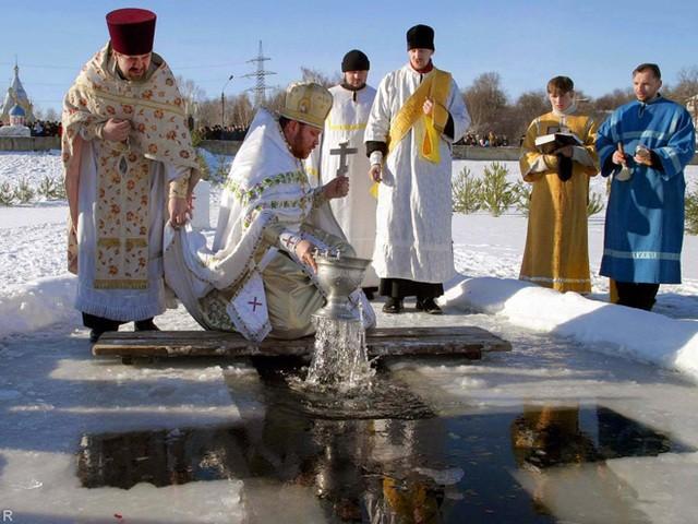Купания вкрещенскую ночь прошли без происшествий— МЧСРФ
