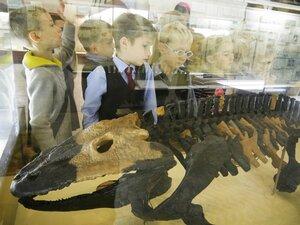 музей палеонтологии в москве