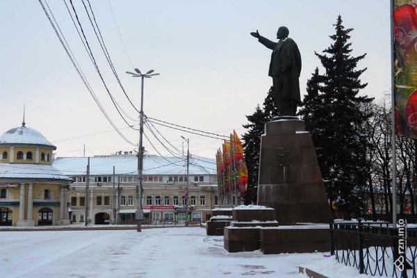 20170212-В Рязани предложили поменять памятник Ленину на другой