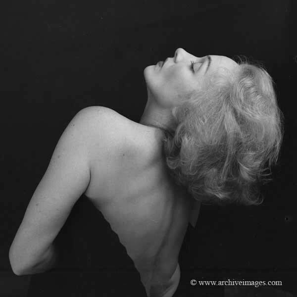 Marlene Dietrich, photo by Milton Greene, 1952