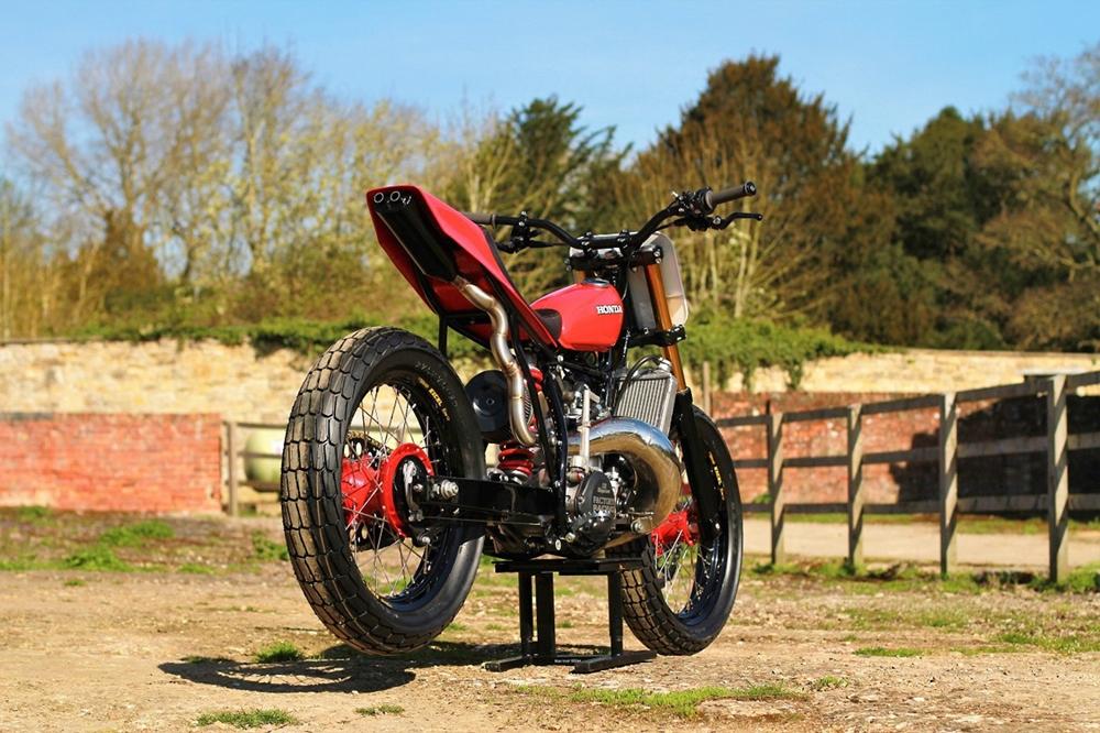 Thornton Hundred Motorcycles: Трекер Honda CR500