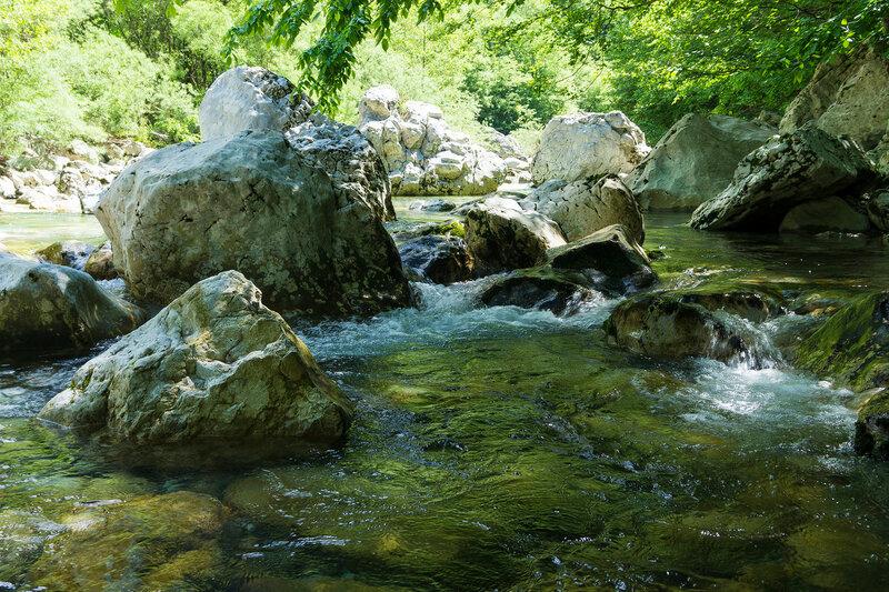 река в ущелье Викос (Vikos gorge)